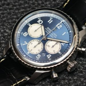 Replica Breitling Navitimer 8 B01 Chronograph Review