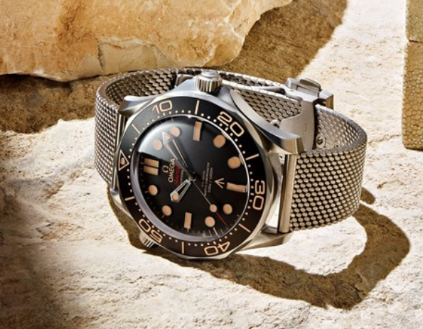 Replica Omega Seamaster Diver 300M 007 James Bond No Time To Die Review