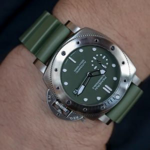 Replica Panerai Submersible Verde Militare 42mm PAM01055 Watch Review